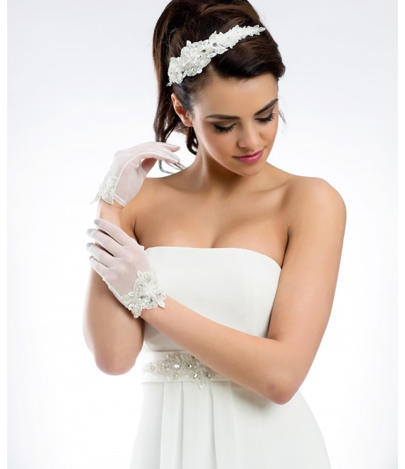 Elegant gloves in stretch tulle and lace B21 - The Beautiful Bride Shop