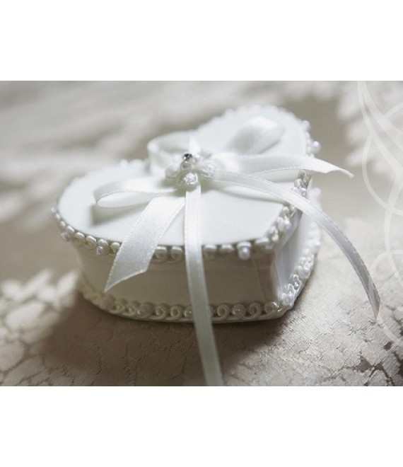 Lilly Ring Box 15-212-CR-0 - The Beautiful Bride Shop