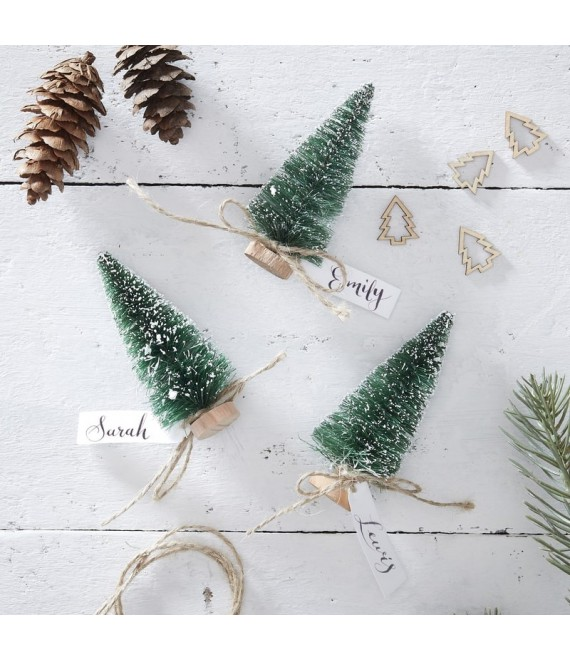 Green Brush Tree Name Place Cards | Rustic Christmas