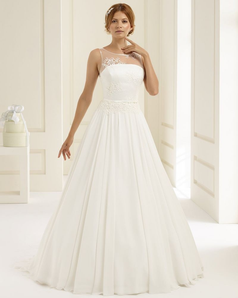 A-line wedding dress Adria, Bianco Evento buy online | Beautiful ...
