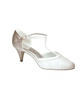 Lilly T-strap bridalshoes with lace (07-1997-CR)