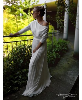 Bridal Jersey with Bat Sleeves P5302 Forever & Eva