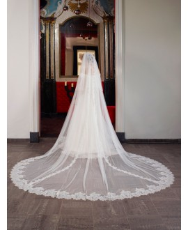 Veil with Paris lace S103-400/2/SOFT | Poirier