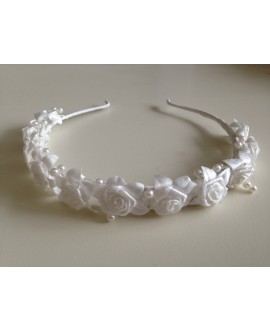 Tiara roses ivory for flowergirls