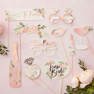 Ginger Ray FH-210 Floral Hen Photobooth Props