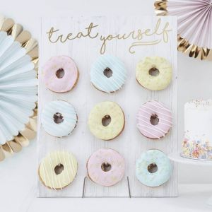 Ginger Ray PM-375 Pick & Mix Donut Wall